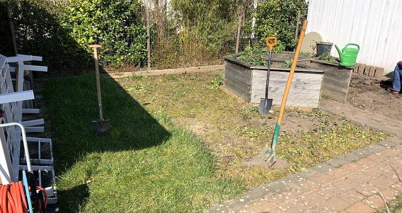 blumenwiese anlegen – Blumenwiese Vorarbeiten Rasen entfernen