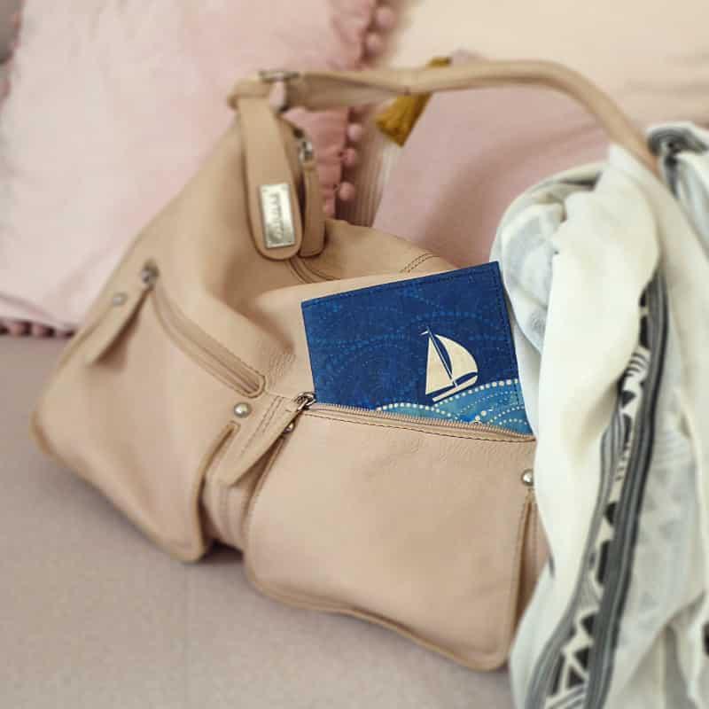 TetUpOne Segelschiff in Handtasche